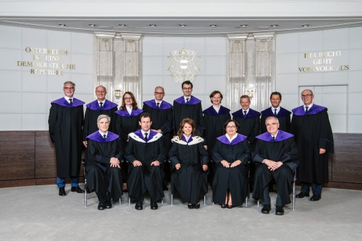 Press Photo: The 14 Members of the Constitutional Court (Group picture) ©VfGH/Doris Kucera
